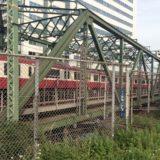 「時間を守る」ことが社会のルールになったきっかけは鉄道だった?